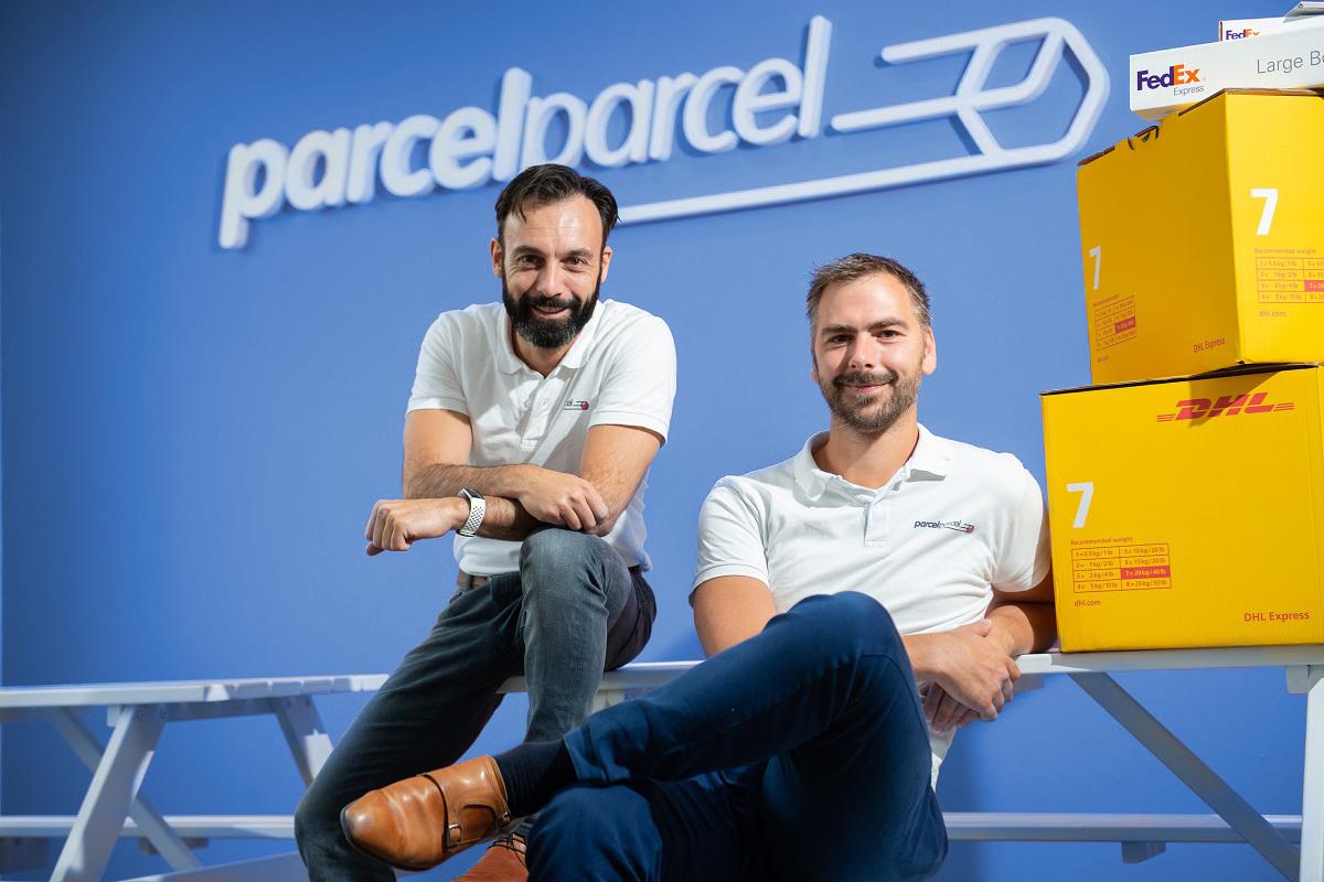 Oprichters ParcelParcel Carlos en Bas